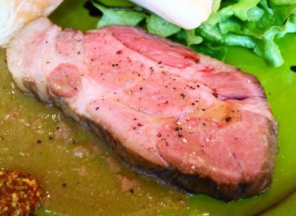 旨味凝縮!食べられる国宝のマンガリッツァ豚をランチでお得に