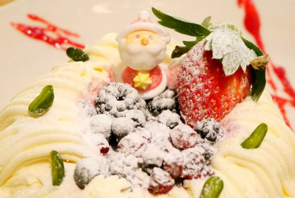 クリスマス目前!食通が楽しむクリスマス限定スイーツ記事5選