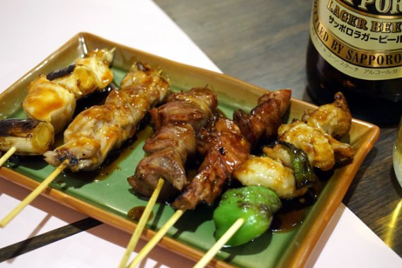 焼き鳥に手羽先・カオマンガイまで!鶏肉好きなら食べておくべき逸品5選