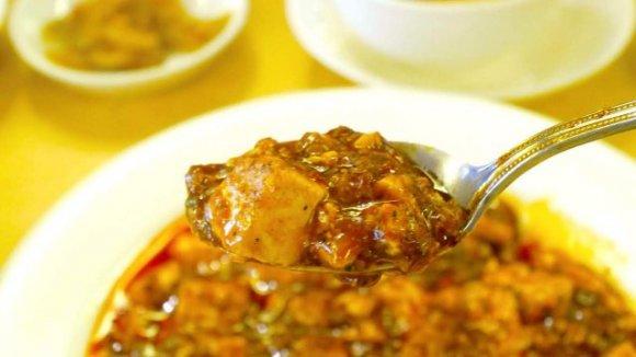 麻婆豆腐や担々麺、カレーに火鍋!汗かきながら食べたい全国の辛いグルメ