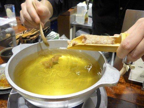 〆の鴨カレーまですべてが旨い!鴨料理をお手ごろ価格で堪能できる居酒屋