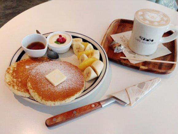 桜木町駅直結の好立地!童話のようなパンケーキでモーニング