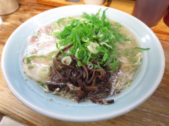丑三つ時がラーメン時。歓楽街・中洲のお勧め豚骨ラーメン6軒