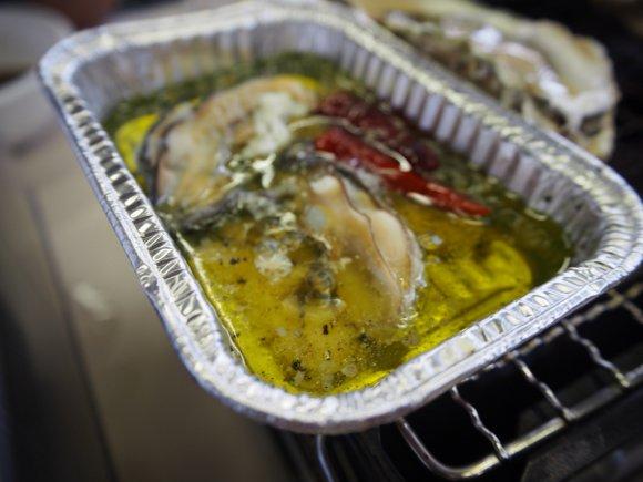 赤出汁とうまみたっぷり牡蠣のパスタが絶品!牡蠣の食べ放題もできる店