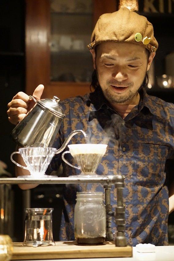こだわり焙煎のコーヒーとサンドを。住宅街の隠れ家的カフェ