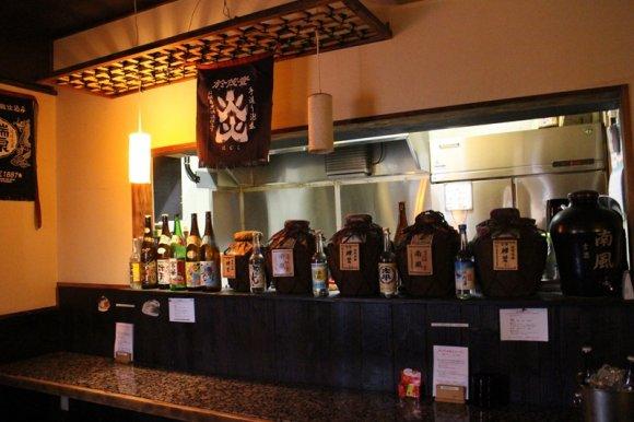 ビールも泡盛も!500円で2時間飲み放題の予約制沖縄料理店がすごい!