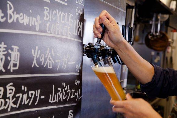呑んべえの聖地・野毛で話題!国産クラフトビールが楽しめる肉ビストロ