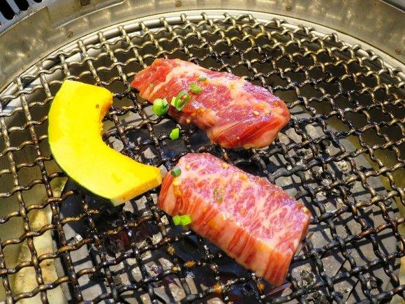タンってこんなに美味しかったのか!極上の牛タンで昼呑みできる焼肉店