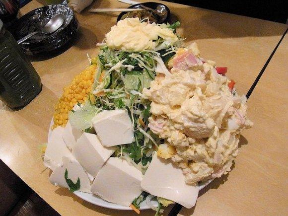 【上板橋】料理全品400円!満腹必至のデカ盛り居酒屋 花門