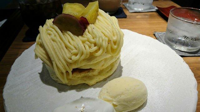 お皿の上でぷるぷる!パンケーキが美味しいひがし茶屋街の町家風カフェ