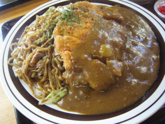 【会津カレー焼きそば】福島・会津若松で愛されているご当地焼きそば3軒