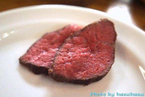 「わんこ肉」スタイルで好きなだけ肉を堪能!月に一度の特別な肉フェス