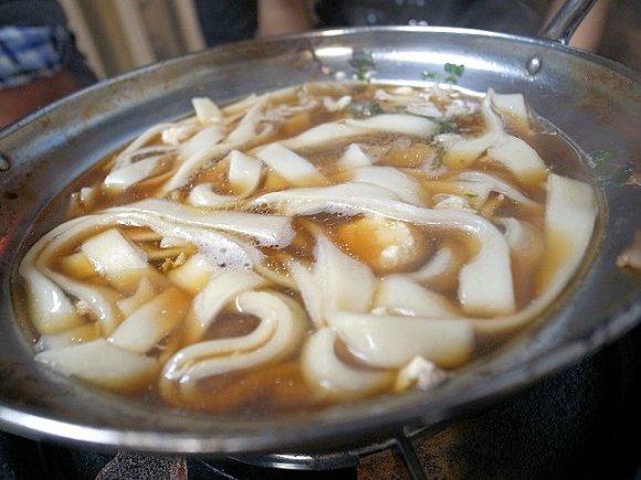 鍋シーズン到来!牡蠣や白子鍋など悶絶必至の鍋料理が揃う店