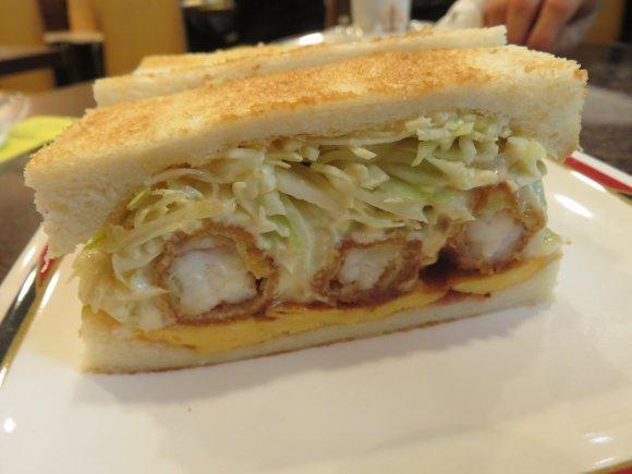 ボリュームたっぷりの断面に萌え!全国で味わえる分厚いサンドイッチ5選