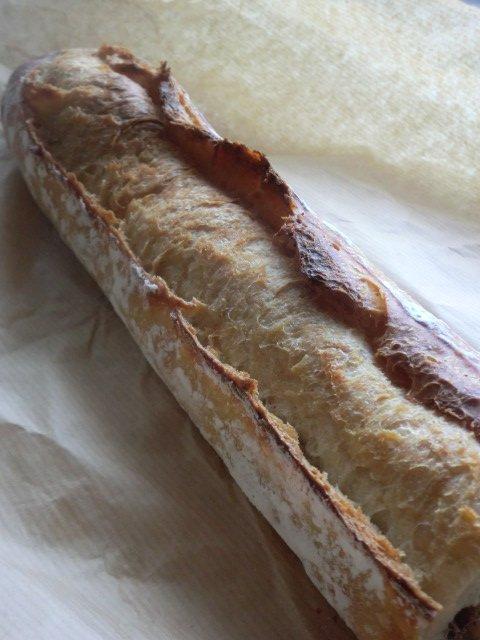 フランスの有名パン屋と同じバゲットが食べられる!パン好きも注目の新店