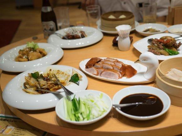北京ダックやオマールエビも!銀座で高級中華が5368円食べ放題のお店