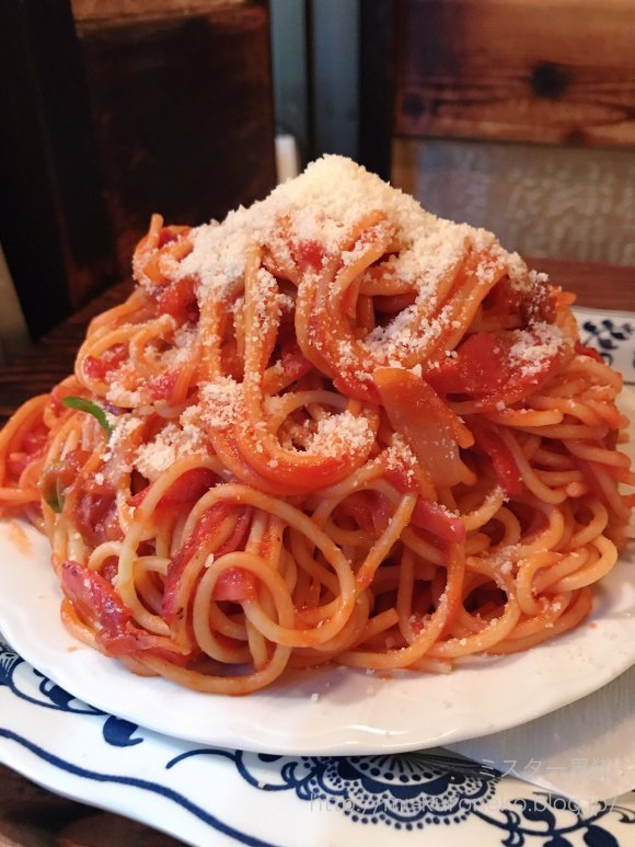 食欲をそそる赤い誘惑!見ているだけでお腹が空く魅惑の「赤い食べ物」