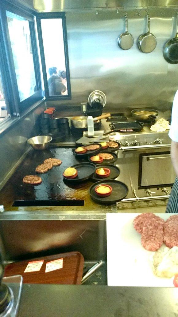 肉食必見!ステーキ激戦区六本木で食べる听屋の国産牛ランチ