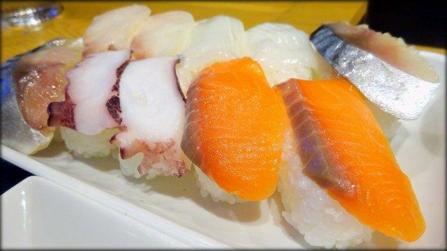 握り寿司が1480円で60分食べ放題!天国すぎる寿司バイキングランチ