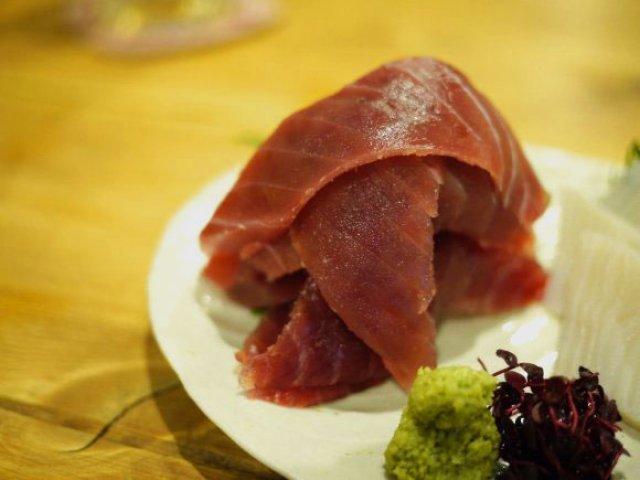 日本酒好きにおススメ!全国の日本酒が均一価格で楽しめる、料理も旨い店
