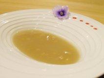 名古屋で白いぜんざい発見!味の変化も楽しめる新感覚メニュー