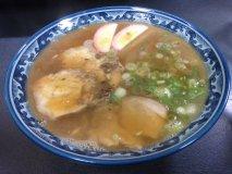 大阪で食べるご当地ラーメン!優しい味わいの和歌山中華そば