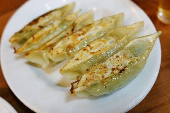 「孤独のグルメ」にも登場!焼肉や中華、フルーツサンドが美味しいお店