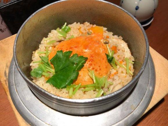 創業70年!新鮮な魚介や名物の釜飯など地元の旨みを味わえる大衆割烹