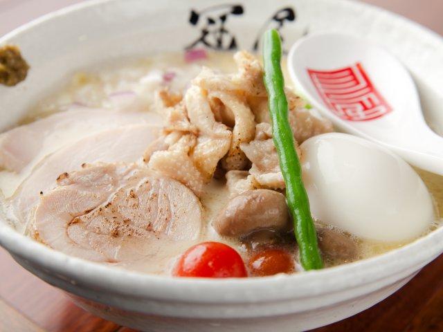 濃厚鶏白湯にあっさり鶏清湯!恵比寿で国産食材にこだわる人気ラーメン店