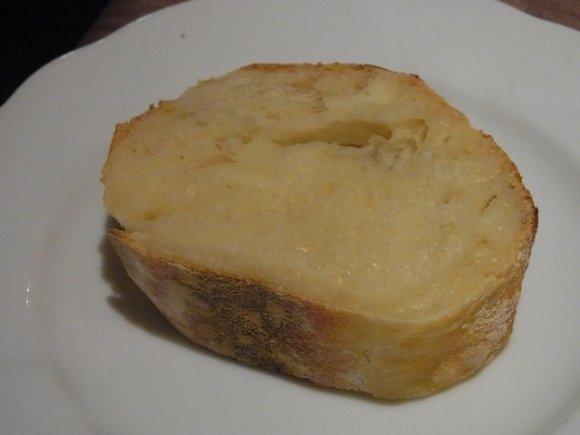 パン通厳選!自家製パンが主役級に美味しい都内レストラン3選