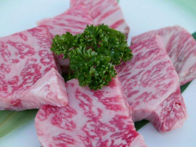 今月末まで!日本人なら一度は行きたい「鴨川納涼床」で味わうオイル焼き