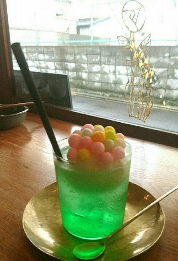 スパイスカレーとフォトジェニックなドリンクが話題!京都の人気カフェ