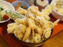 福岡でデカ盛り食べるなら!デカ盛りの海鮮丼や食べ放題があるお店