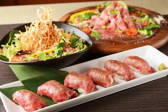 とろける肉寿司が平日限定で食べ放題!飲放付き3000円の超お得コース