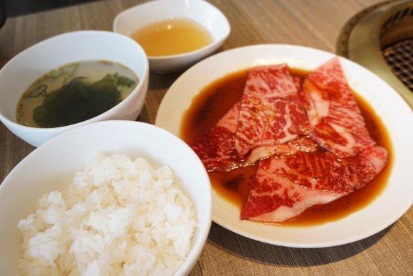 2000円台で食べ飲み放題も!都内なのに高コスパすぎる魅惑の食べ放題