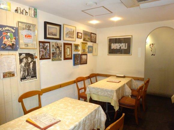 本場ナポリのお墨付き!三軒茶屋ラルテは肉ピッツァが旨い