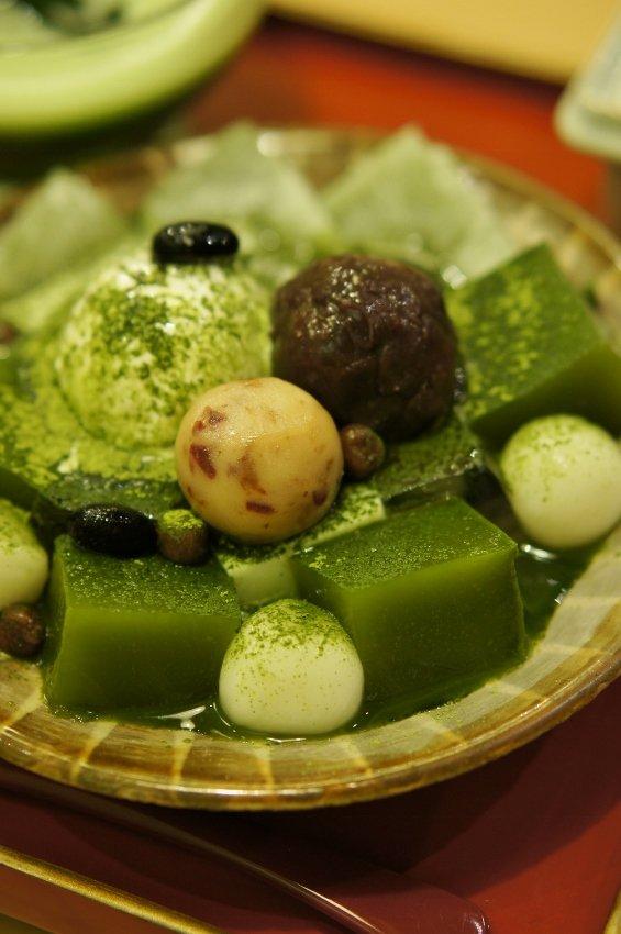 福岡では珍しい抹茶専門店!人気の和カフェで冷たい和スイーツ