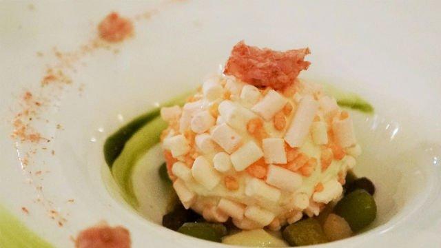 桜がテーマのもちもちアイスも!春が堪能できる料理をお台場で