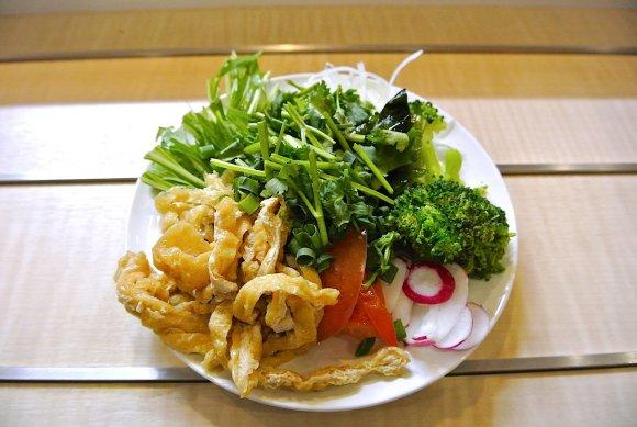 食べたことある?インドネシアの麺料理「ミーバッソ」の専門店
