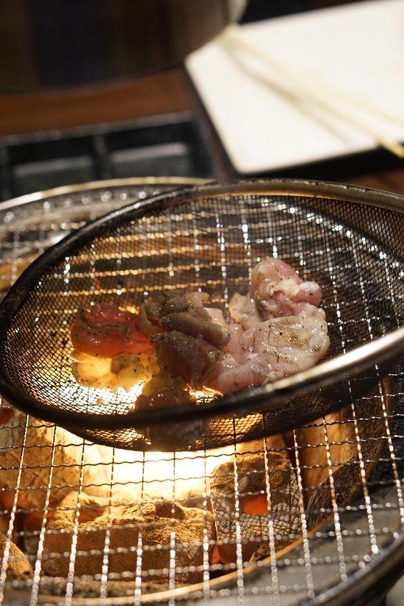 ごはんが止まらないメニューばかり!新鮮な宮崎鶏の「ざる焼き」が旨い店