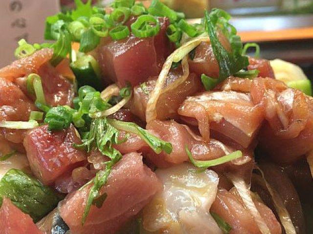 唖然とするほどの爆盛り!新宿で噂の「みこちゃん丼」を喰らう