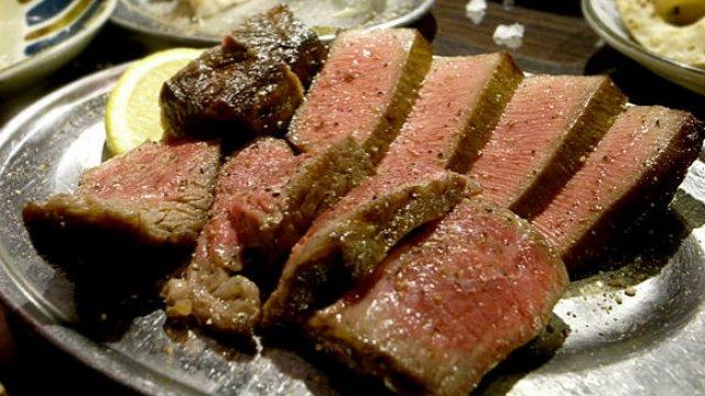 お得な肉盛2人前は3千円!焼肉ではない肉が食べたいときに行くべき店