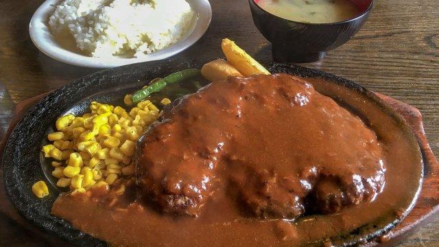 ボリューム満点で大満足!地元民御用達の、安くて美味しい洋食レストラン