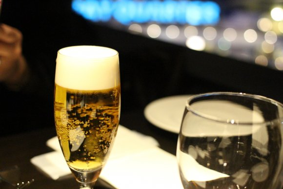 夜景を眺めながらステーキも!横浜デートにおすすめのお店