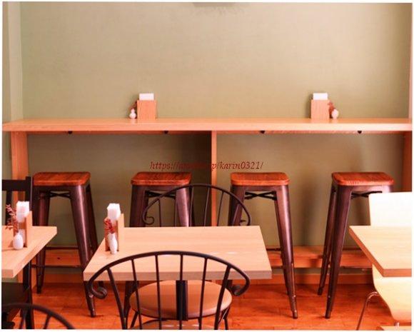 小さめサイズでかわいい!住宅街にあるカフェの期間限定「イチゴパフェ」