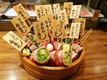 くるくる巻きの野菜串と、ごろごろ果実チューハイが大ブレイク中の新店!