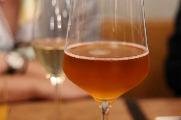 グラスワインが100種、シャンパンは500円!自由が丘の本格ビストロ