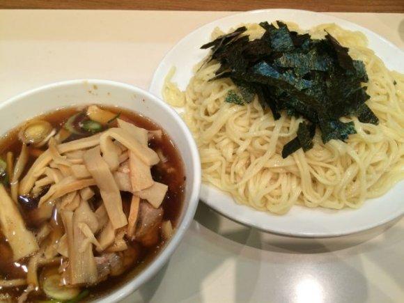 昭和の味!王道の醤油ラーメンとつけ麺「ほりうち」@新宿