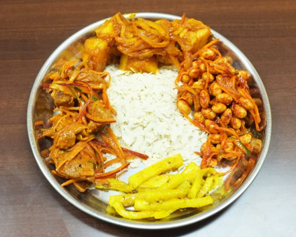人気店が巣鴨に復活!絶品ネパール料理「プルジャダイニング」