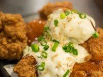 70品オーダー食べ飲み放題が2000円!鶏料理をお得に楽しめる人気店
